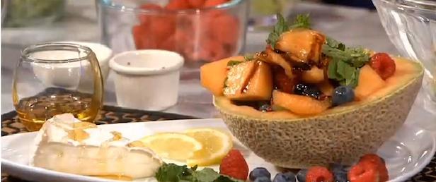 Brie Fruit Salad Xoc